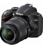 Nikon D3200 Digital SLR Camera - Black w/AF-S DX 18-55mm 1:3.5-5