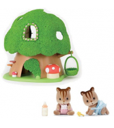Calico Critters Discovery Forest Treehouse Playset with Hazelnut